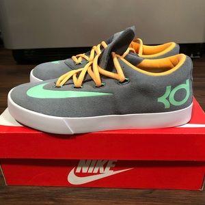 Nike KD Lifestyle Sneakers